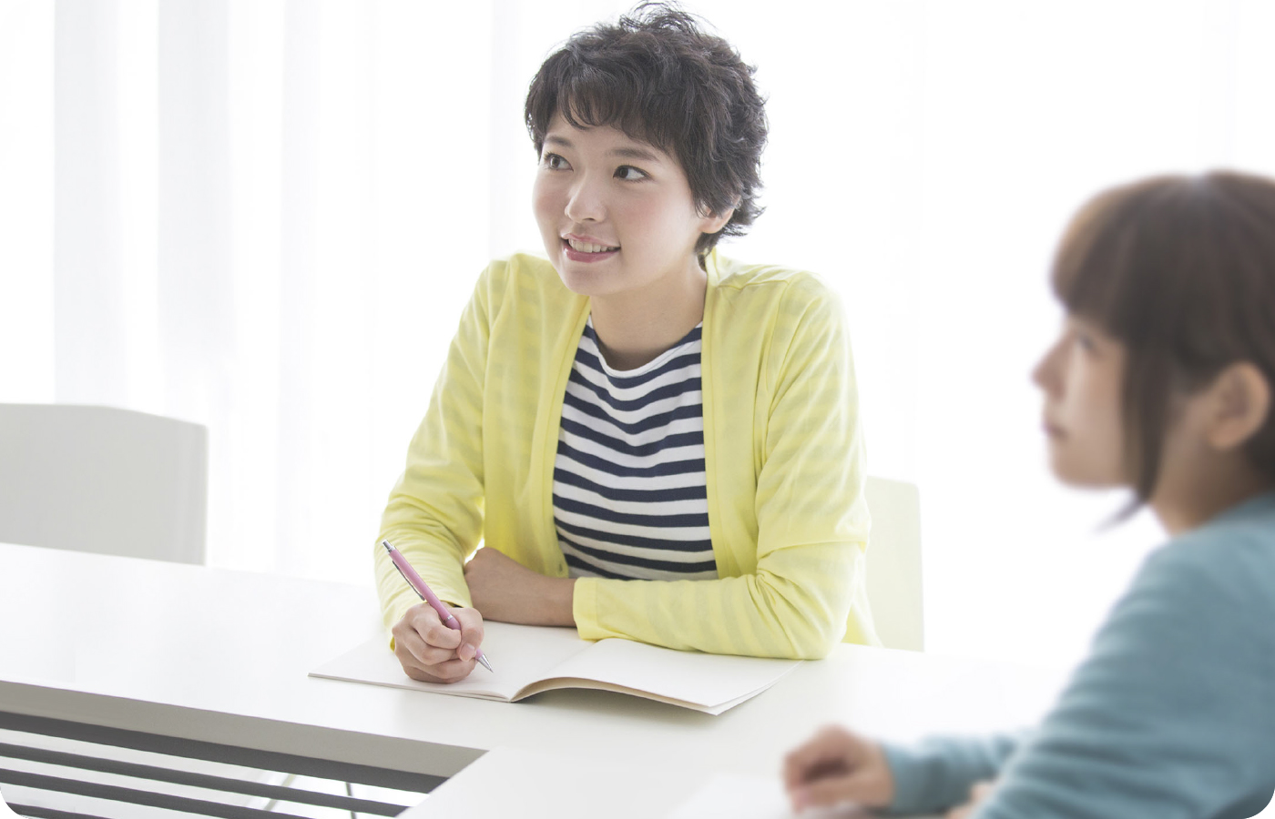 介護福祉士を受験するには実務経験(3年以上)と実務者研修の受講が必要